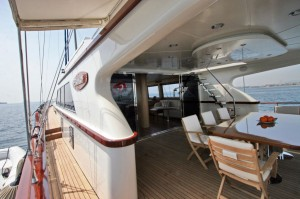 GETAWAY Aft and Side Deck.jpg